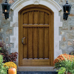 traditional entry by Janiczek Homes