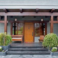 Craftsman Entry by Greg Robinson Architect