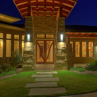 Inspiration for a contemporary entrance in Austin.