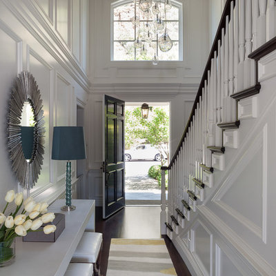 Example of a transitional foyer design in San Francisco