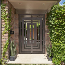 Midcentury Entry by Benjamin Hill Photography