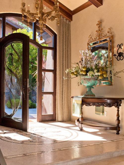 Porte d 39 entr e avec un sol en marbre photos et id es - Grande porte d entree ...