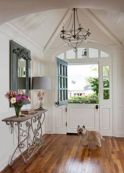 Traditional Entry by Doug Simon ARCHITECTURE