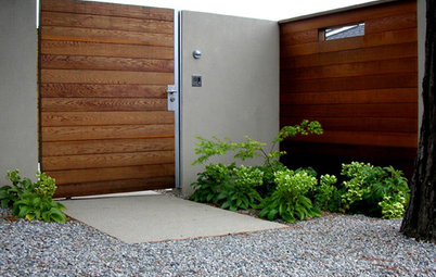 Elements of a Modern Exterior Entry