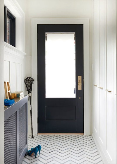 Modern Entry by Meghan Carter Design Inc.