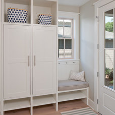 Beach Style Entry by Insignia Homes