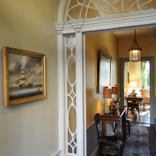 Traditional Entry by Judge Skelton Smith Architects