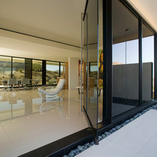 modern entry by 180 degrees