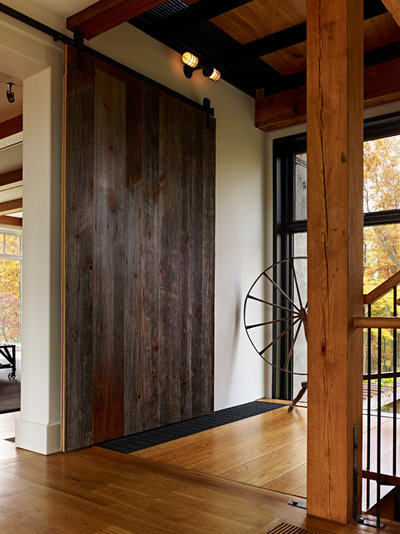 Cool Farmhouse Entry by Moger Mehrhof Architects