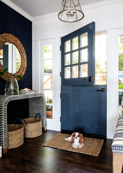 Beach Style Entry by Courtney Thomas Design