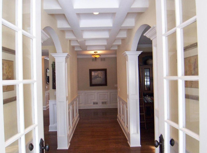 Traditional Entry by Big Bear Construction, LLC