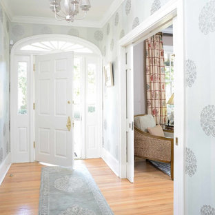 Bright, Airy Entrance