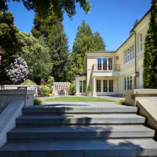 Traditional Entry by Stuart Silk Architects | Limited PS