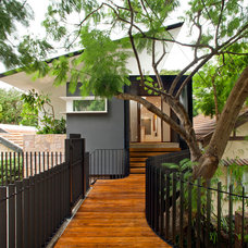 Contemporary Entry by Asa Architects