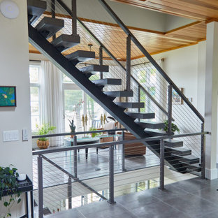 Cable Railing for Ash Floating Stairs