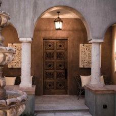 Mediterranean Entry by Sennikoff Architects