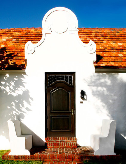 Mediterranean Entry by CURE & PENABAD Architecture and Urban Design