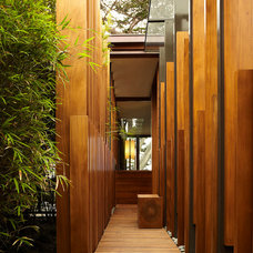 Modern Entry by Dirk Denison Architects