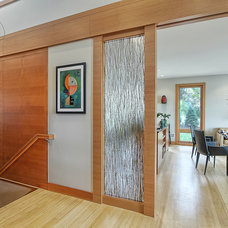 Contemporary Entry by M & M Home Contractors Inc