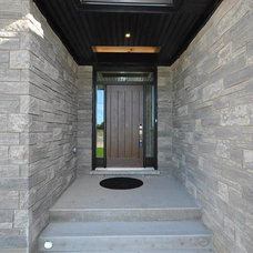 Transitional Entry by Castell Homes