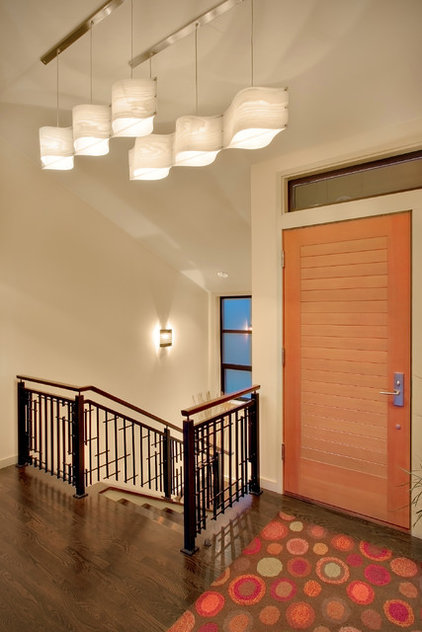 Contemporary Entry by Michael Knowles, Architect