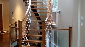 Center steel stringer for treads