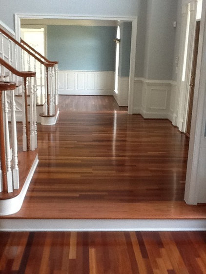Traditional Entry by Virginia Remodeling