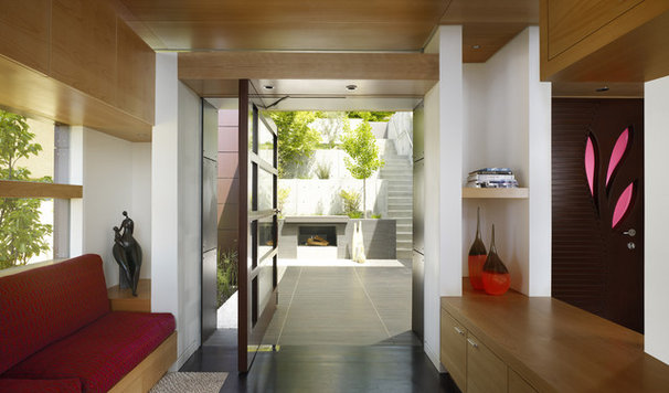 Contemporary Entry by Charles Debbas Architecture