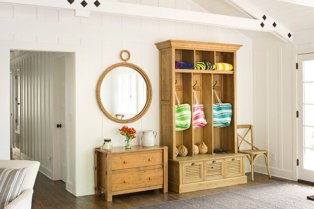 How to make the most of your entry (no coat closet required)