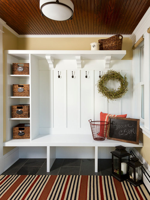 craftsman entryway design ideas remodels photos. Black Bedroom Furniture Sets. Home Design Ideas