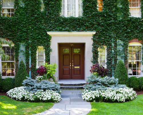 Front entry landscape houzz for Entryway garden designs