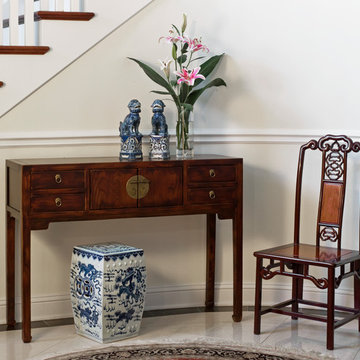 Chinese Style Entryway
