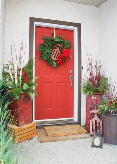 Traditional Entry by Your Space By Design