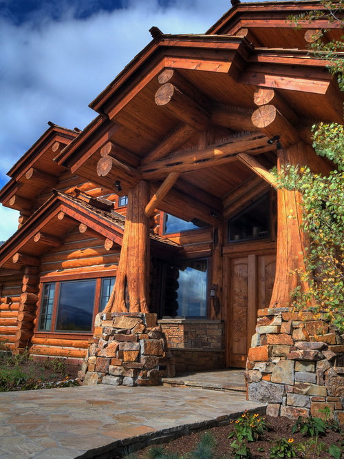 Log driveway entry home design ideas pictures remodel for Rustic timber homes