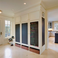 Traditional Entry by Menter Architects LLC