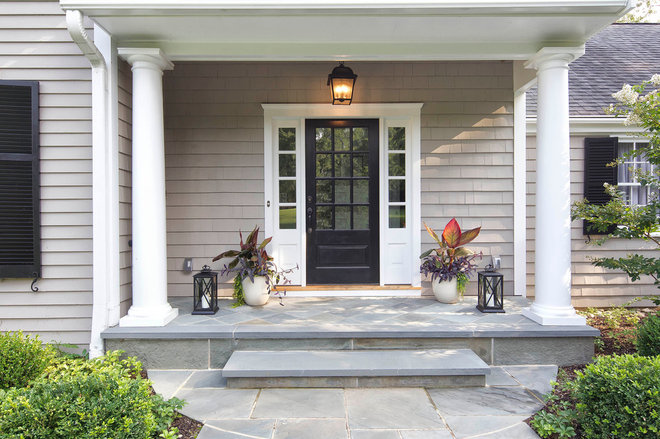 Traditional Entry by Knight Architects LLC