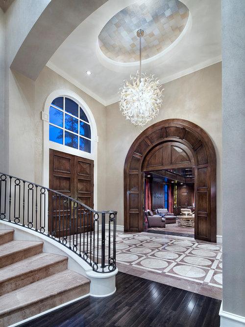 Expansive transitional foyer design ideas remodels photos for Transitional foyer ideas