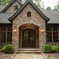 Traditional Entry by Bergeron Custom Homes, LLC