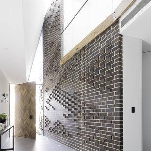 Idée de décoration pour une entrée minimaliste.