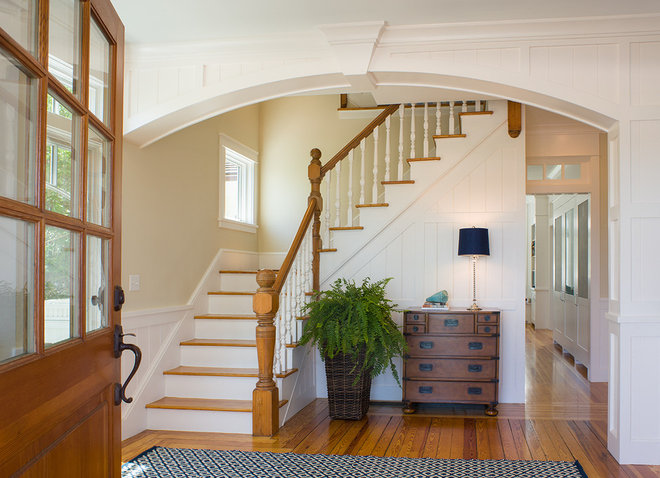 Beach Style Entry by Ronald F. DiMauro Architects, Inc.