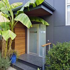 Modern Entry Coates Design