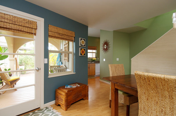 Tropical Entry by Natalie Younger Interior Design, Allied ASID