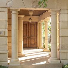Contemporary Entry by Erotas Building Corporation