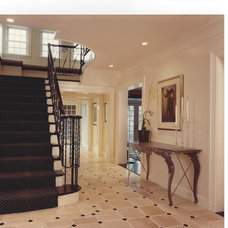 Traditional Entry by Allain Construction, Inc.
