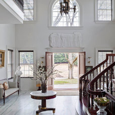 Traditional Entry by Kim Doggett Architects