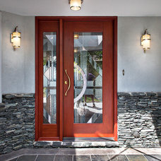 Contemporary Entry by Tyner Construction Co Inc