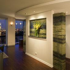 Contemporary Entry by John Kelly Architects