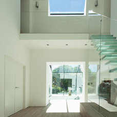 Contemporary Entry Contemporary Entry