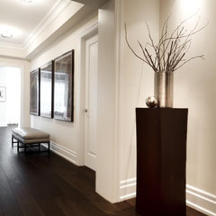 contemporary entry by Croma Design Inc