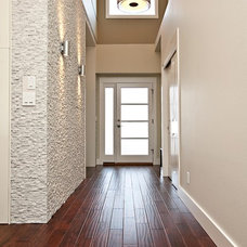 Contemporary Entry by designs by human.
